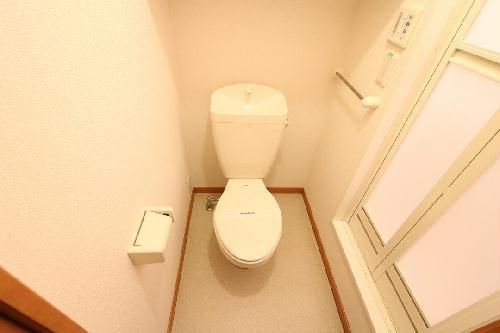レオパレスエヴァーグリーン 206号室のトイレ