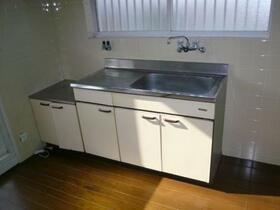 MAYUMIハイツ城陽1番館 2F号室のキッチン