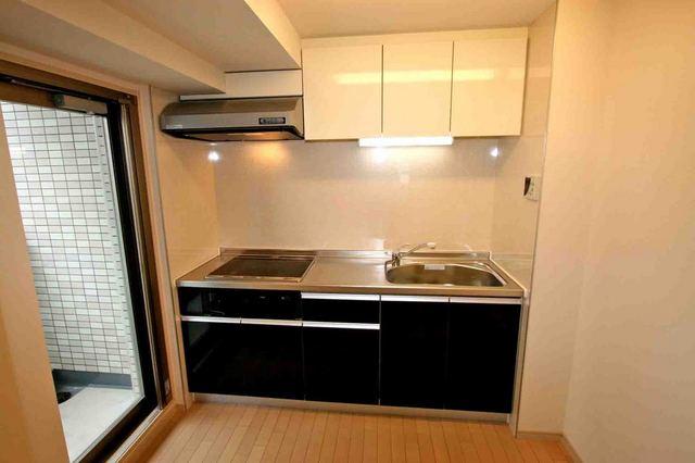 ブルソール信濃町 301号室のキッチン