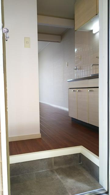 ハス ニューハウン A102号室の玄関