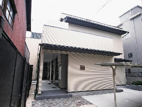 レオパレスセゾン京都駅北の外観