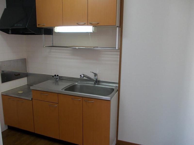 フロレスタⅢ 02010号室のキッチン