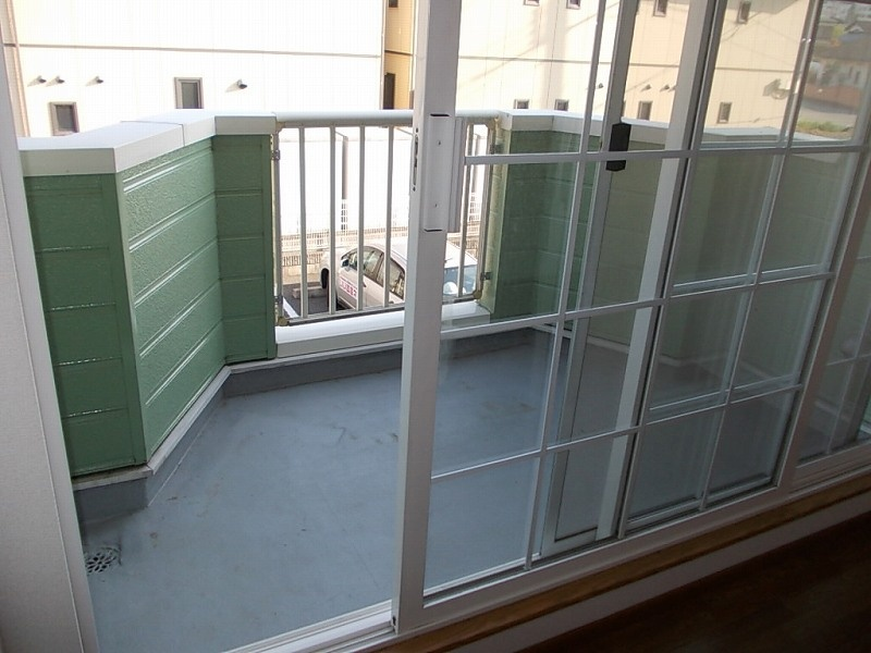 フロレスタⅢ 02010号室のバルコニー