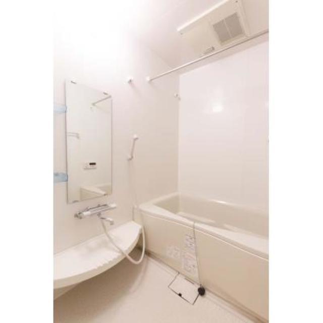 トレステージ四谷 914号室の風呂