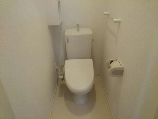 ウエストリヴァー春日町Ⅱ 01050号室のトイレ