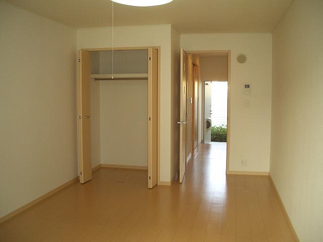 ソレイユ 01040号室のリビング