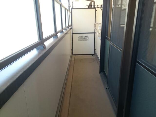 アルモニー綾園 02010号室のバルコニー