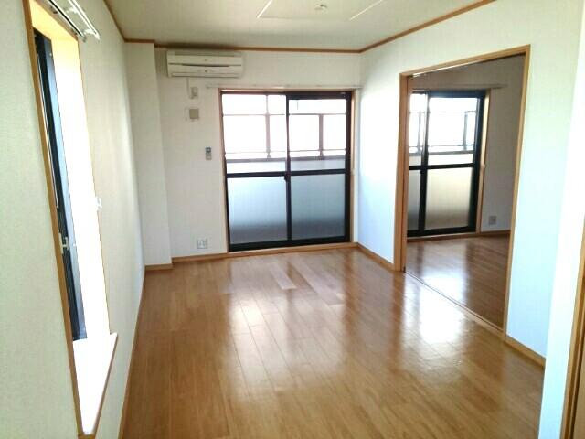 アルモニー綾園 02010号室のベッドルーム
