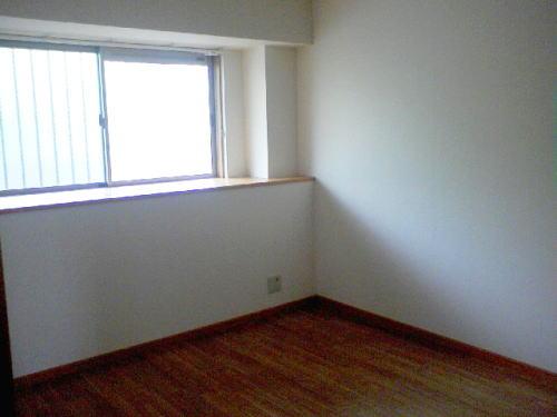 クリスタルウイング輝 03050号室のベッドルーム