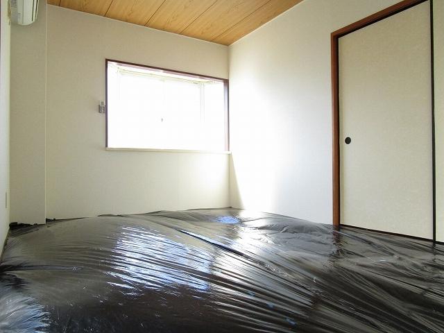 フローラル内藤D 01040号室のリビング