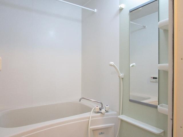 カルム ソレイユ JN 03040号室の風呂