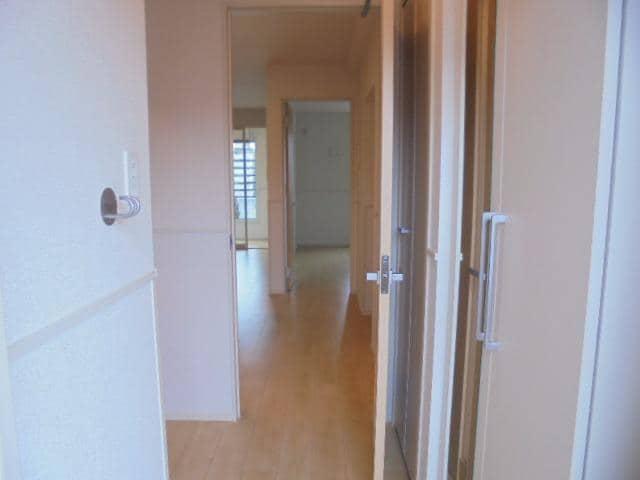 アリエッタⅡ 01010号室の玄関