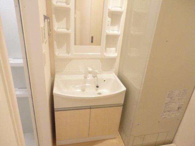 フォルトゥーナ 201号室の洗面所