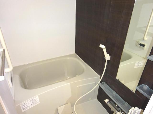 マネージュ 201号室の風呂