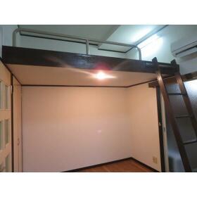 スカイコーポラスⅡ 0105号室の居室