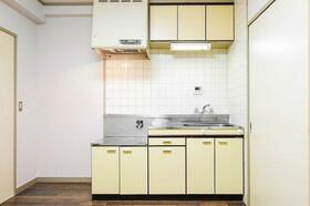 エトワール大宮 407号室のキッチン