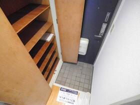 ジュネパレス松戸第96 0103号室の玄関