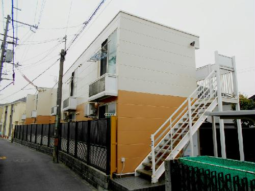 レオパレスシャルマン上野西 202号室の外観