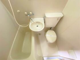 ヴィヴレワコー 305号室の風呂