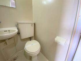 ヴィヴレワコー 305号室のトイレ