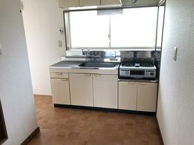 カサフローラ 102号室のキッチン