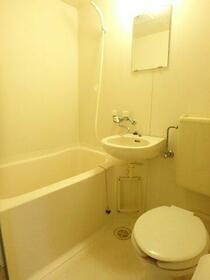 スプリングパーク 301号室の風呂