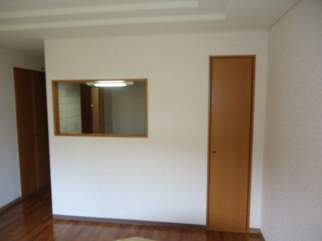 ツインハイツB 105号室のキッチン
