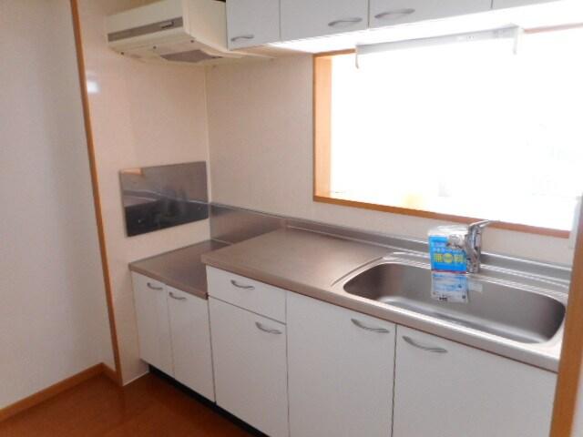 カーサ・フィオーレⅡ 02010号室のキッチン