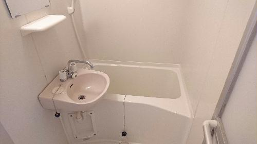 レオパレス中央 102号室の風呂