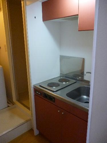 レオパレス中央 208号室のキッチン