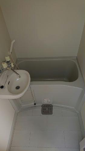 レオパレスSAFURAN 207号室の風呂