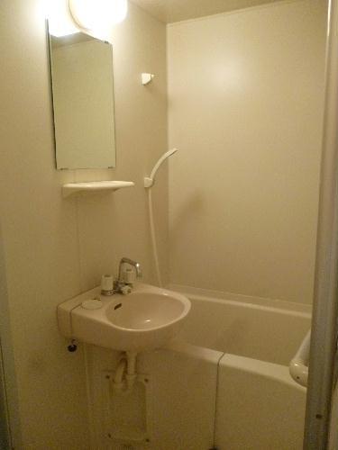 レオパレスべガⅡ 102号室の風呂