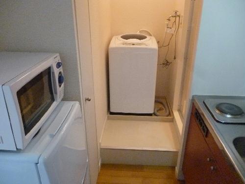 レオパレスべガⅡ 102号室のキッチン