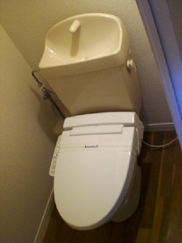 レオパレスサンフローラ 107号室のトイレ