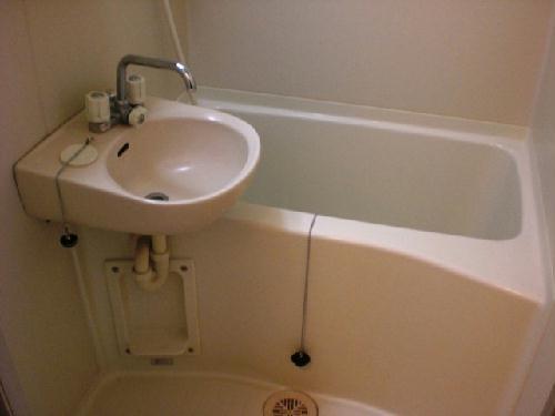 レオパレスサンフローラ 107号室の風呂