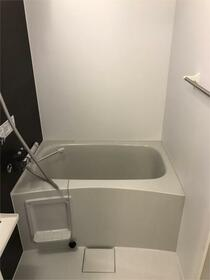 メイクスデザイン武蔵関EAST 403号室の風呂