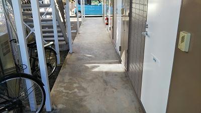 レオパレスアルコ・イーリス 101号室の駐車場