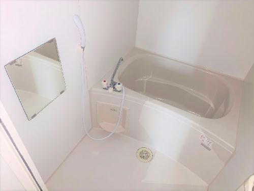レオパレスエスポアールⅡ 107号室の風呂