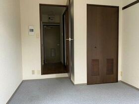 アーバンヒルズ浅草第2 205号室のエントランス