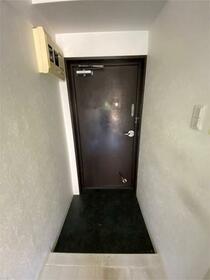 ハイシティ南青山 414号室の玄関