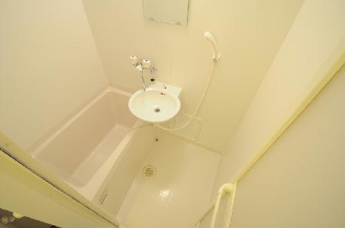 レオパレス西味鋺 204号室の風呂