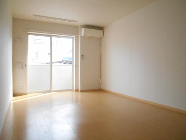 レジデンス桜 01020号室の玄関