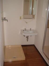 コーポラス東光 705号室の洗面所