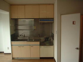 コーポラス東光 705号室のキッチン