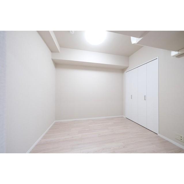 サンテラス赤坂 408号室の玄関