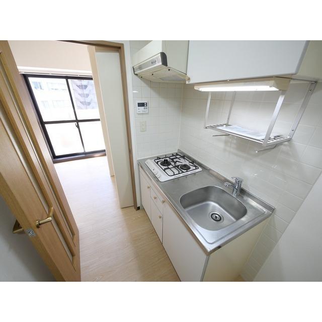 サンテラス赤坂 607号室のキッチン
