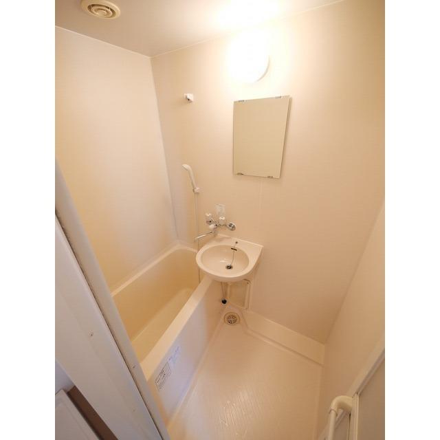 サンテラス赤坂 607号室のトイレ