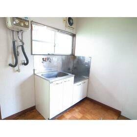 第二下高井戸ハイム 201号室のキッチン