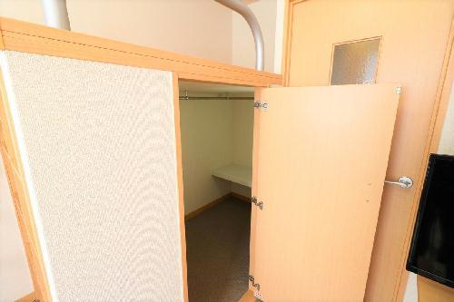 レオパレスコーポ西新道バザール 303号室のトイレ