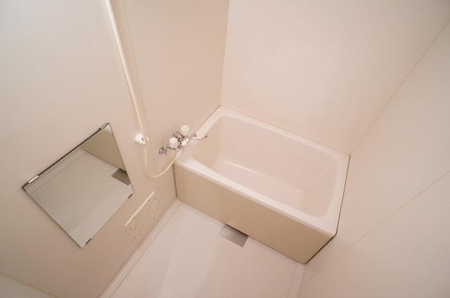 プレミールⅠ 01010号室の風呂